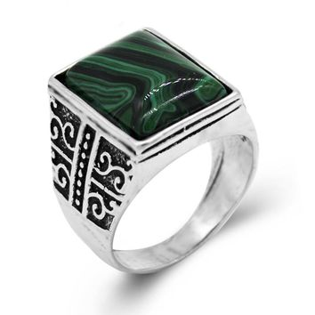 Newest Design Square Green Stone Ring Men and Women Silver Plated Fashion Vintage Ring Jewelry Big Size Male Gift Wedding Rings