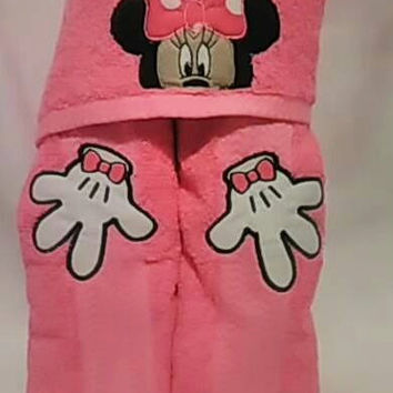 Minnie Mouse Hooded Towel Baby or Child Gift Personalized Hooded Towels Teen or Adult Hooded Towel Custom Hooded Towel Pool Towel Handmade