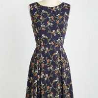 Mid-length Sleeveless A-line A Lady's Best Frond Dress in Viney Flowers