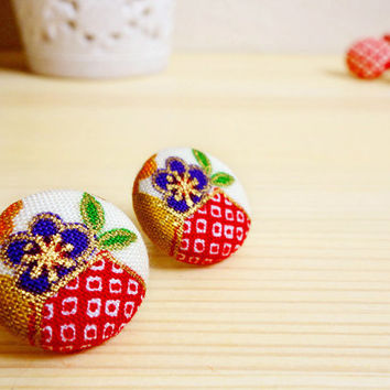 Kimono earrings, Kimono pattern printed cotton covered button stud earrings - SHINJU - Blue plum