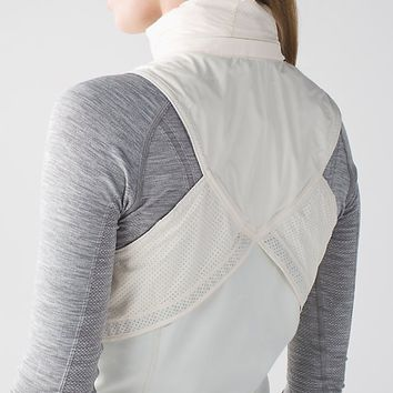 kanto catch me vest | women's running jackets | lululemon athletica