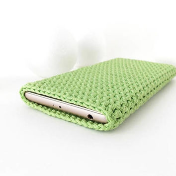 Apple iPhone 8 plus case, Green Samsung Note 8 sleeve, LG V30 sock, vegan Oneplus 5 cover, HTC U11 cozy, Kindle 8 case, Xiaomi Mi Mix2 pouch