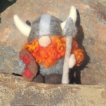 Needle Felted Viking Ornament, Ragnar Redbeard, Holiday Ornament, Scandinavian Decoration, Man Cave Decor, Viking Ornament, Gift for Man