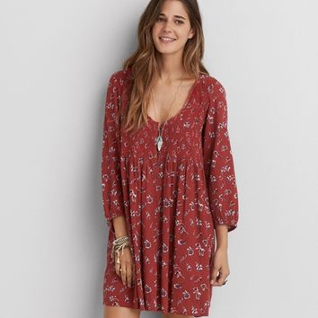 AEO SMOCKED FLOWY DRESS