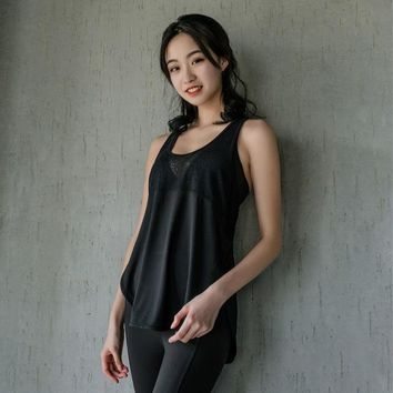 Running Vests Jogging Colorvalue Sexy Lace Patchwork Fitness Yoga Vest Women Side Open Gym Running Tank Top Quick Dry Loose Jogger Shirt Sleeveless KO_11_1