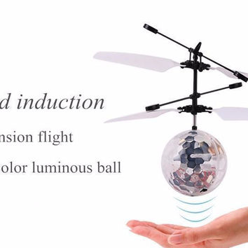 Fly Toy RC Helicopter Toys Flying Induction LED Noctilucent Ball Quadcopter Drone Sensor Suspension Remote Control Aircraft Kids Gift