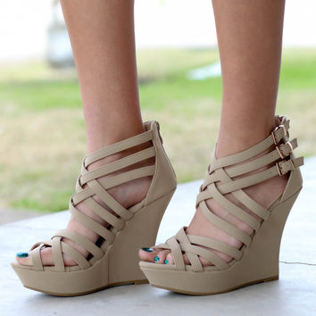 Strappy Wedges - Nude