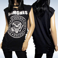 Ramones / Slashed / Cut / Shredded / Weaved / Band T Shirt / Size Medium