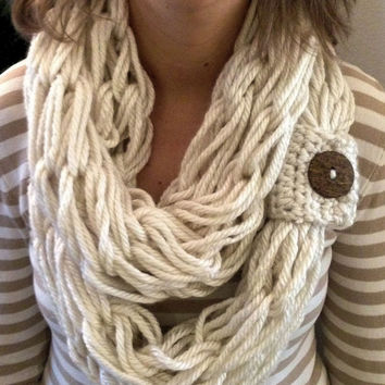 Boho Style, Chunky arm knitted scarf, infinity scarf, circular scarf, armknited cowl, handmade,Fashion accessory, Cream,brown coconut button