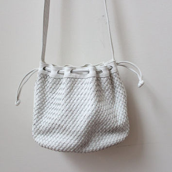 Woven 90s Leather Bucket Bag
