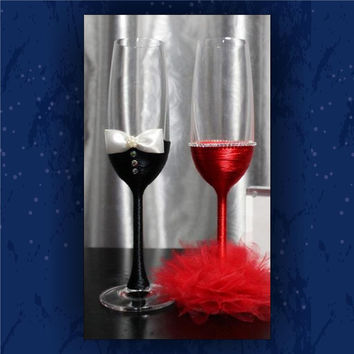 Bride and Groom/ toasting glasses / champagne glasses / ribbon wrapped glasses
