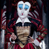 Tim Burton Alice in Wonderland Helena Boheme Carter Red Queen Costume 2010