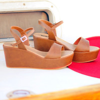 Walk On The Dock Wedges: Brown | Hope's