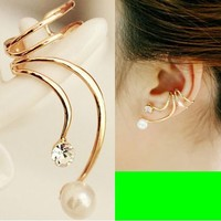Phoenix Tail Pearl Ear Cuff (Single, No Piercing, Adjustable) - LilyFair Jewelry