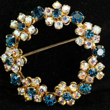 Weiss Blue Clear Rhinestone Floral Vintage Circle Brooch and Earrings