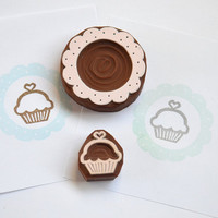 Hand Carved Rubber Stamp / set of 3 / Cupcake