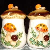 Sears and Roebuck Merry Mushrooms 1976 Salt and Pepper Shakers