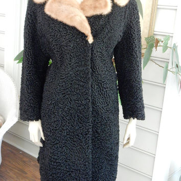 Beautiful Black Persian Broadtail Lamb Fur Coat 1940s Curly Lamb Fur Coat Blond Mink Collar