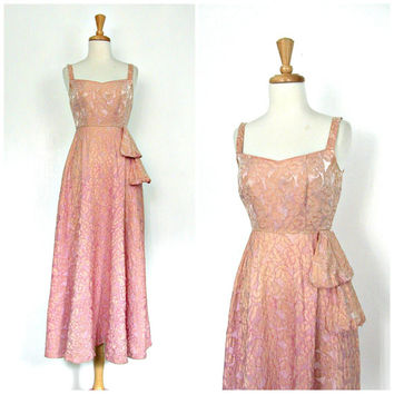 1950s Party Dress / 50s dress / brocade dress / ball gown / dusty rose / bridal / alternative wedding / prom / ball gown / XS Small