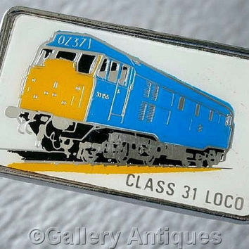 Vintage retro The Class 31 Loco Chrome and Enamel diesel train railway Pin / Lapel Badge by Clubman c.1980's (ref: 3206)