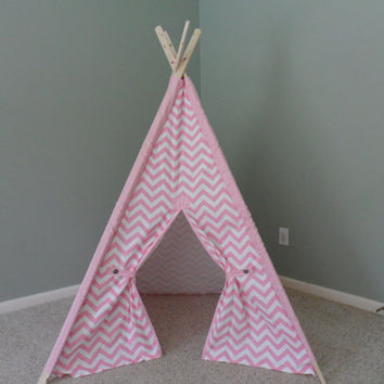 Pink Teepee Pink chevron with matching sleeves tee pee tent play fort