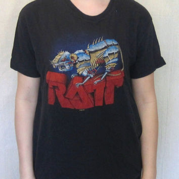 Vintage Super Soft 1983 RATT BAND METAL Heavy Rock Music Graphic Classic Thin 'Out Of The Cellar' Hanes Small Cotton T-Shirt