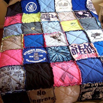 Custom T Shirt Quilt Made From Your Own Tees / Made to Order / Coverlet / Spread / Recycled / Upcycled / Graduation / Gift Idea / ohzie