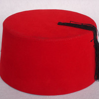 Doctor Who Red Fez Hat Matt Smith Fez, Doctor Who Fez Gift For Doctor Who Fan 11. Doctor eleventh Doctor who Fez DR. Who Gift