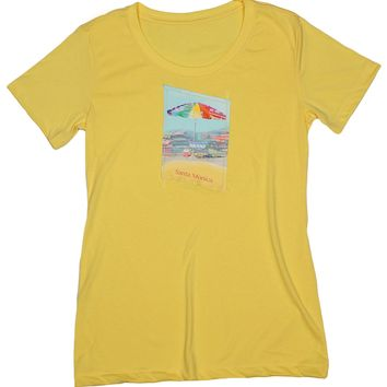 Beach Lover: Women's Sun-filled Destination Beach Umbrella T-shirt, Banana