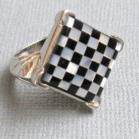 Sterling Mother of Pearl & Onyx Inlay Ring SZ 6 // Square Ring Mother of Pearl