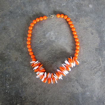 Vintage Bright Orange & White Necklace Fat Beaded Plastic Choker Retro Mod Necklace Bold Orange Beads Costume Jewelry Hipster Womens