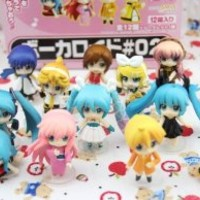 7 Weapons Exquisite Hatsune Miku Family Action Figure/Set of 12 Q Version of the PVC Figure