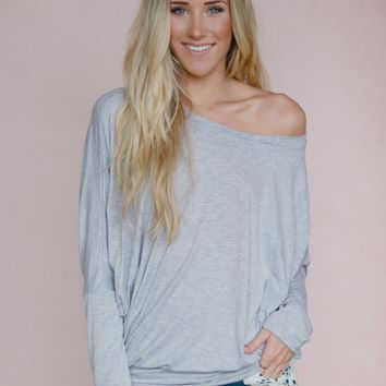 Off the Shoulder Dolman Tee in Gray