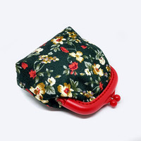 Small pouch - Fabric coin purse - Small coin purse -  Red change pouch - Framed clutch purse - Plastic Frame