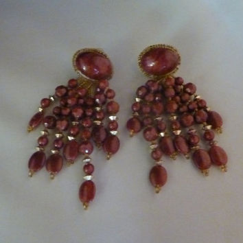 Vintage hand sewn mauve burgundy beaded earrings gold glass seed beads clips costume jewelry Indian Summer