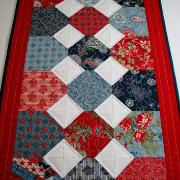 Quilted Table Runner , Americana , Red/White/Blue , Patriotic Table Runner , Patchwork , Memorial Day , July 4th