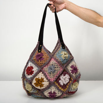 Crochet Flower Hippie Purse by bythesoundingsea on Etsy
