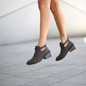 25% Christmas Sale, Angelica, Brown Ankle Boots, Heeled Boots, Brown Leather Boots, Buckle Booties, High Winter Shoes