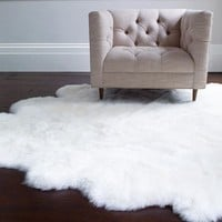 SHEEPSKIN AREA RUG COLLECTION