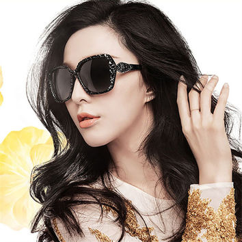 Women's Elegant Sunglasses Fashion Gradient Sunglass Metal Crystal Decoration Sun Glasses For Women Sun Eyewear Brand Designer (