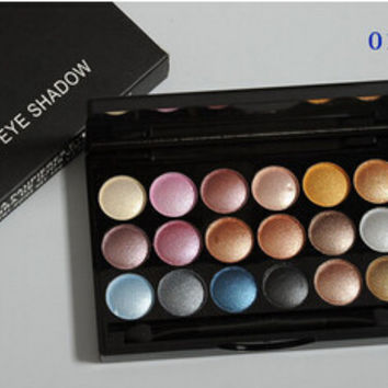 Professional 18 color powder eye shadow palette