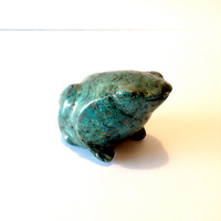 Stone Frog Decor .. Vintage Green Stone Frog Home Decor .. Stone Frog Garden Decor .. Vintage Stone Frog Statue .. Decorative Stone Frog