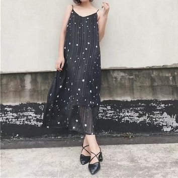 Fashion V-Neck Backless Star Print Ruffle Sleeveless Strap Maxi Dress