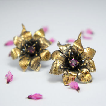 Gold plated sterling silver flower earrings with pink rhodolite garnet gemstone - nature fine jewelry - gift for her - spring blossom
