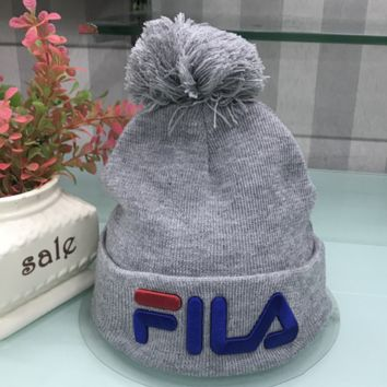 FILA New fashion knit letter Ball of yarn cap embroidery hat Gray