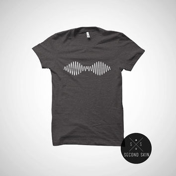 Arctic monkeys soundwave unisex t-shirt - music shirt - tumblr T Shirt with soundwave T Shirt Unisex Clothes Gifts Graphic Tee Rock music
