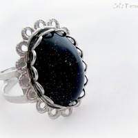 Black gothic glitter ring, handmade jewelry from celdeconail