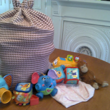 Large Fabric Drawstring Bags 18 x 30, Drawstring Laundry Bag, Child Storage for Toys, Laundry, Sleepovers, Camping