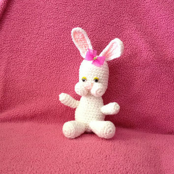 Bunny - Stuffed Animal - Amigurumi