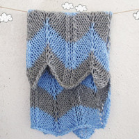 Chevron Knitted baby blanket / Bay boy / Gray, Blue Blanket / Chevron Blanket / Hand knit blanket